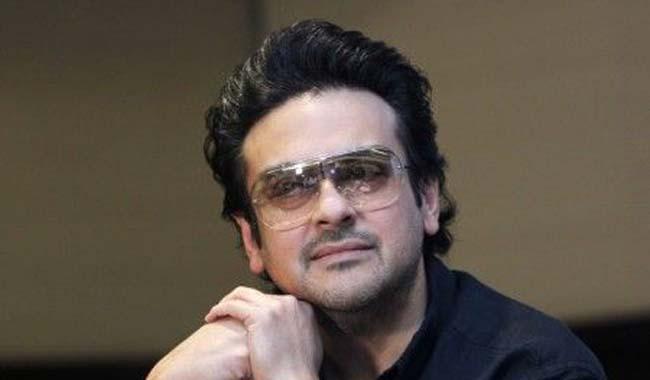 Adnan Sami's  malicious tweets anger Pakistanis