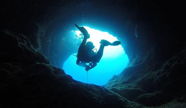 World´s deepest flooded cave found in Czech Republic