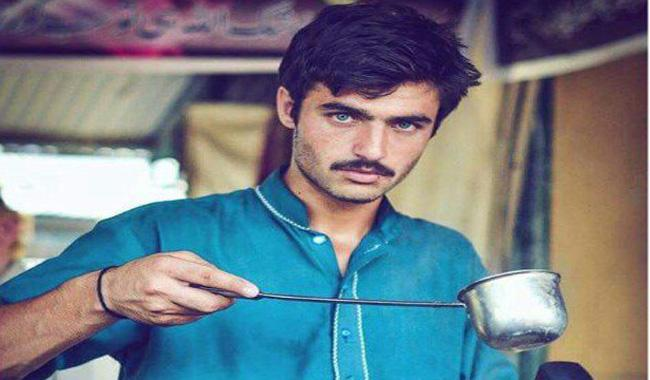Pakistani Chaiwala wins it big, grabs modelling contract