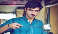 Pakistani Chaiwala wins it big, grabs modelling contract