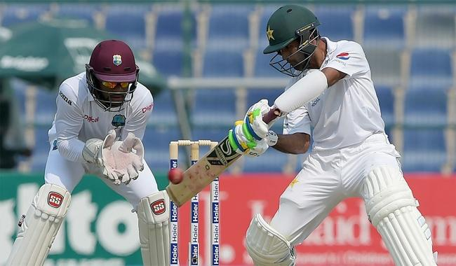 Asad Shafiq leads Pakistan recovery in second Test