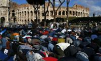 Muslims in Italy protest over restrictions on their worship