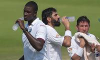 Pakistan 401-6 at lunch in second Test