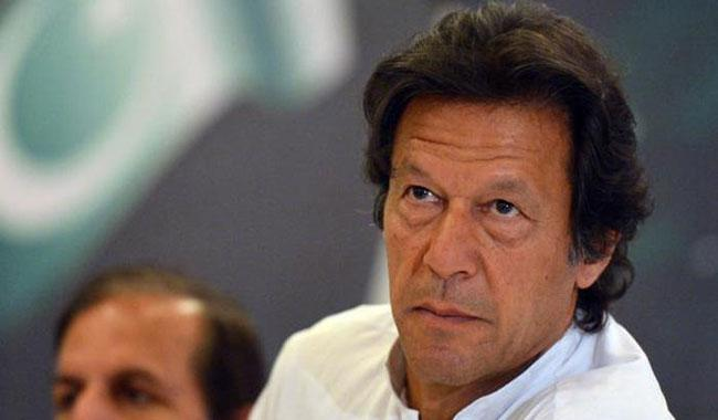 Nawaz'll be responsible if third force steps in: Imran