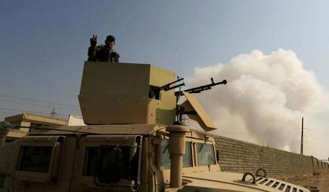 Islamic State steps up counter-attacks as fighting edges closer to Mosul