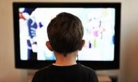 TV ads may spur snacking in kids as young as two