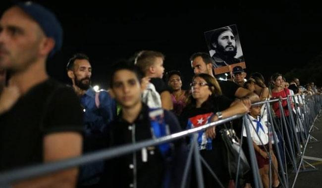 Cuba's allies join thousands to honour Castro in Havana; Obama absent