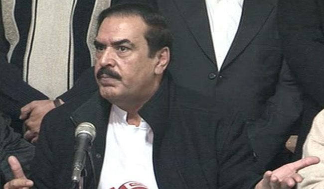 PML-N lawmaker Inamullah Niazi mugged in Lahore
