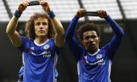 Chelsea's Brazilians lead tributes to Chapecoense victims