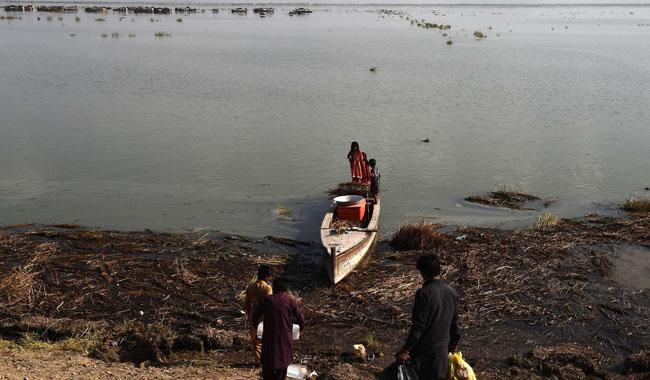 Paradise lost: How toxic water destroyed Pakistan´s largest lake