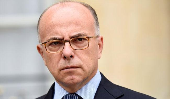 Cazeneuve named French PM as Valls aims for president