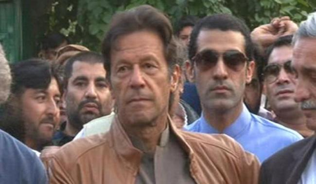 SC should decide Panama Papers case:  Imran
