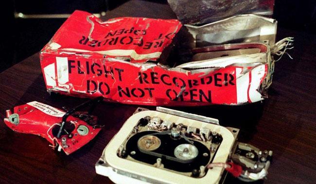 Here's how a black box reveals the cause of a plane crash