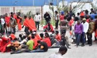 More than 400 migrants storm border at Spain´s Ceuta