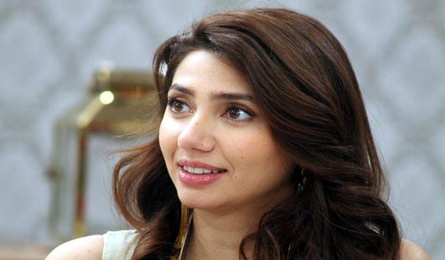 Mahira Khan celebrating 32nd birthday today