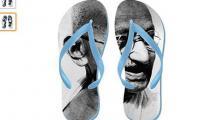 Amazon´s Gandhi flip-flops spark anger in India
