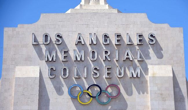 Los Angeles eyes two-stadium opening ceremony