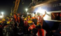 At least 23 killed, scores injured as Indian train derails