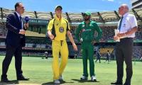 Australia win toss, bat in fourth Pakistan ODI