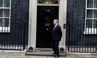 Embarrassing: Israeli PM kept waiting outside 10 Downing Street