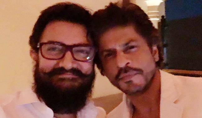 Shah Rukh Khan shares rare picture with Aamir Khan