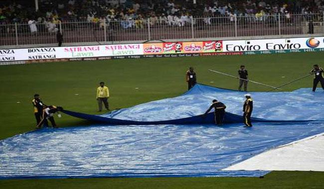 Rain delays toss in Karachi Kings-Islamabad United match