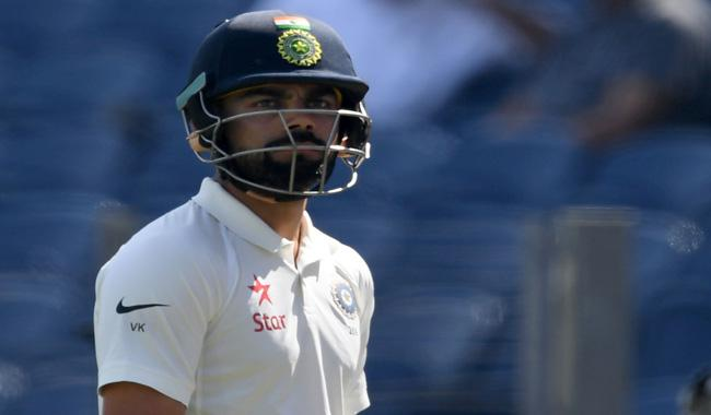 Rare duck for Kohli as India reduced to 70-3