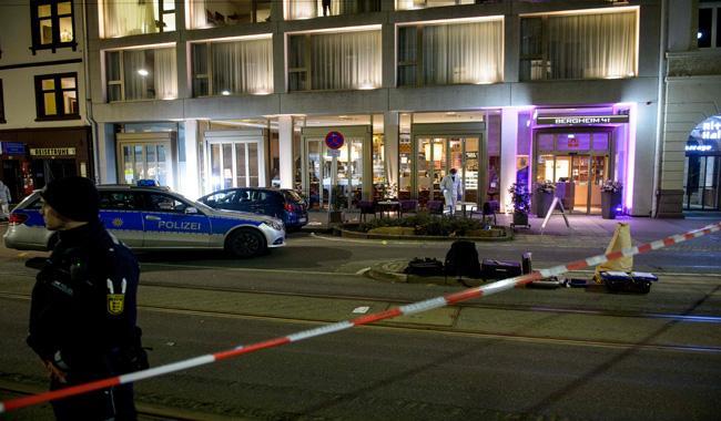 Driver rams vehicle into German pedestrians, killing one man