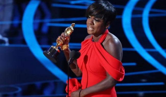 Viola Davis wins first Oscar for 'Fences'