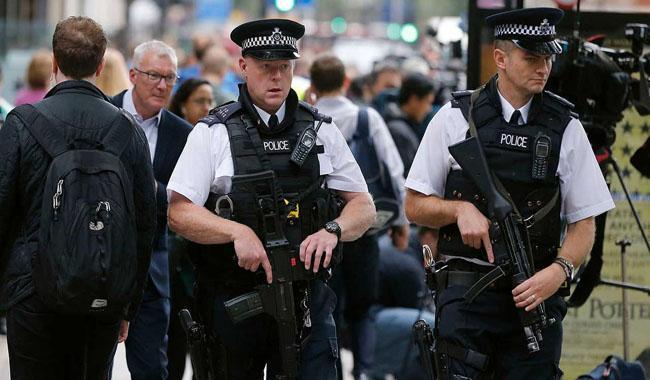 Daesh planning attacks in Britain - anti-terrorism lawyer