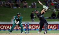 Guptill sets New Zealand records against Proteas