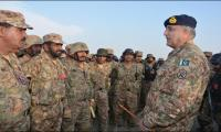 Army Chief vows to eliminate all 'fasaadies'