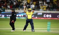 Kamran Akmal fires Peshawar Zalmi into PSL final