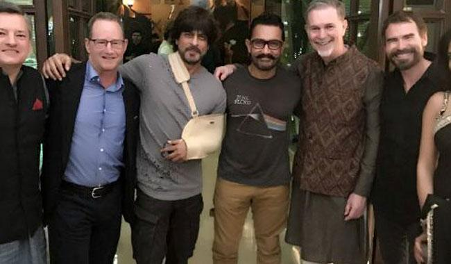 Shah Rukh has yet another get together with Aamir Khan