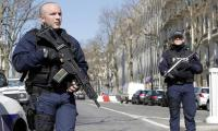One hurt in letter bomb blast at IMF´s Paris office