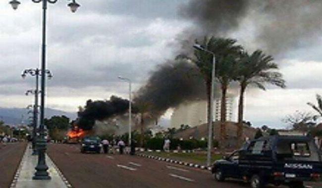 10 Egyptian soldiers killed in Sinai roadside bombings