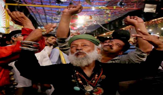'Madhu Lal Hussain's 429th annual 3-day Urs starts