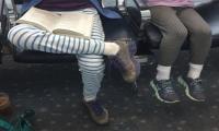 United Airlines bars teenage girls in leggings from flight