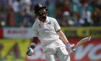 India beat Aussies in fourth Test, clinch series