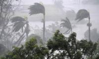 ´Monster´ cyclone Debbie batters northeast Australia