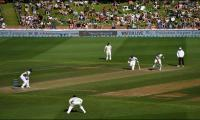 Rain delays start of final day of third NZ-South Africa test