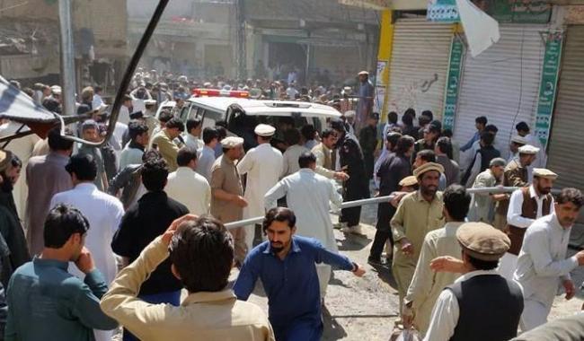 Blast near Imambargah in Parachinar kills 24, wounds dozens