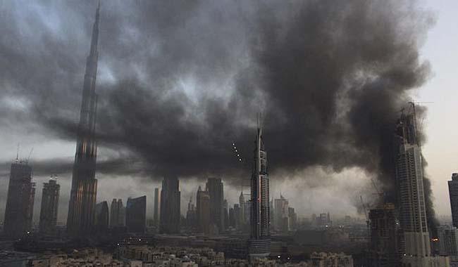Fire engulfs under construction building near Dubai Mall