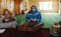 Under the guns: Kashmiri girls help preserve Sufi music traditions