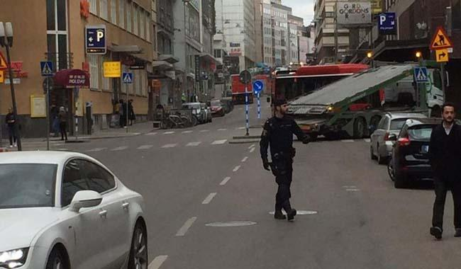 Truck crashes into Sweden store; 3 dead reported