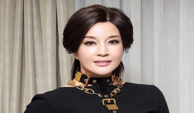 Chinese actress, Liu Xiaoqing, 61-year old but never aged
