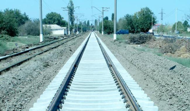 Pakistan, China sign agreement for upgradation of Karachi-Peshawar railway track