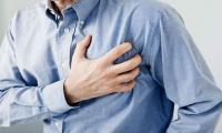 Risk of heart attack spikes after flu, pneumonia: study