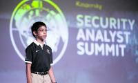Cyber kid stuns experts showing toys can be ´weapons´