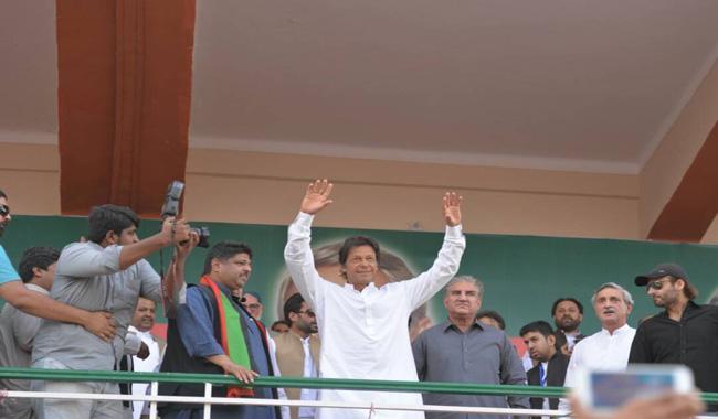 Imran for JIT probe into Nawaz's business ties